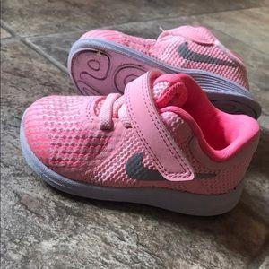 Girls Nike shoes